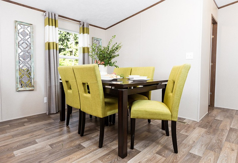 TruMH Ali / Thrill Mobile Home Dining Room