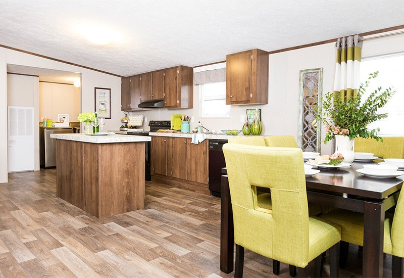 TruMH Ali / Thrill Mobile Home Kitchen and Dining Room