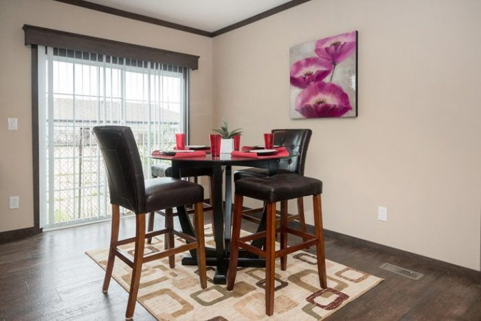 Richmond Mobile Home Dining Area