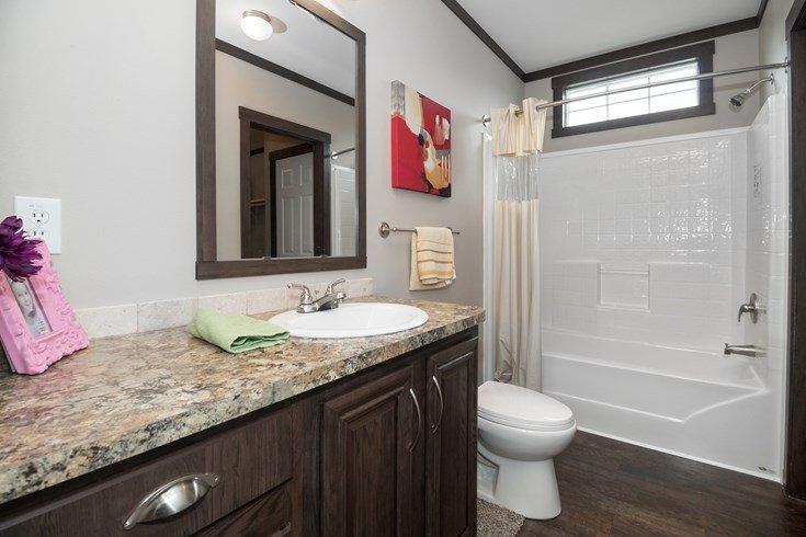 Richmond Mobile Home Guest Bathroom