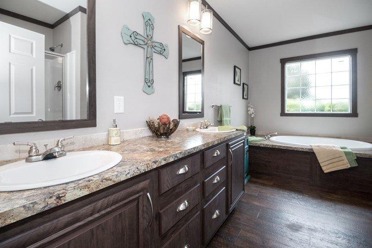 Richmond Mobile Home Master Bathroom