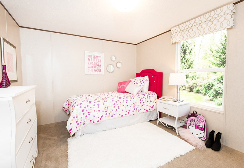 TruMH Dempsey / Bliss Mobile Home Guest Bedroom
