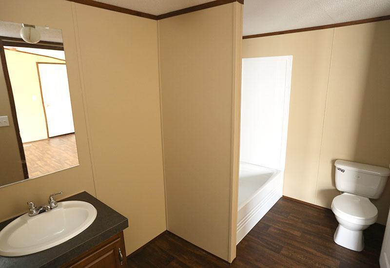 Fleetwood Berkshire 16723B Mobile Home Bathroom