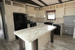 Fleetwood Green Hill 16763L Mobile Home Kitchen
