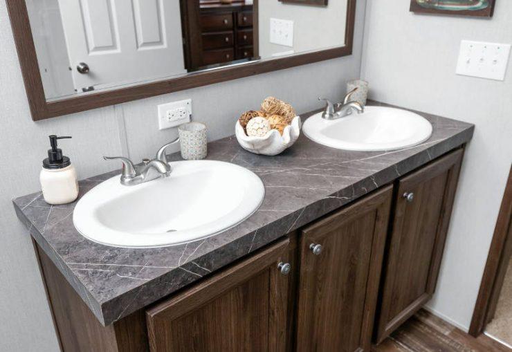 Crazy Eights - SLT28564A - Bathroom