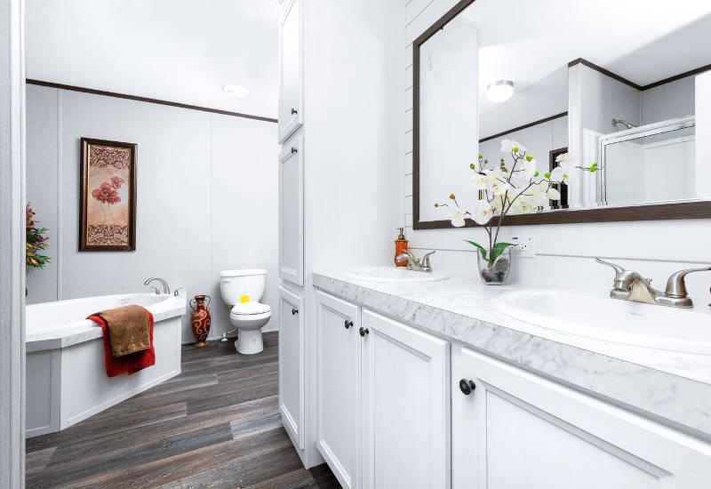 Choice - SLT28724A - Bathroom 2