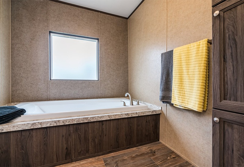 CMH Infinite Value SLT28443A Mobile Home Master Bathroom