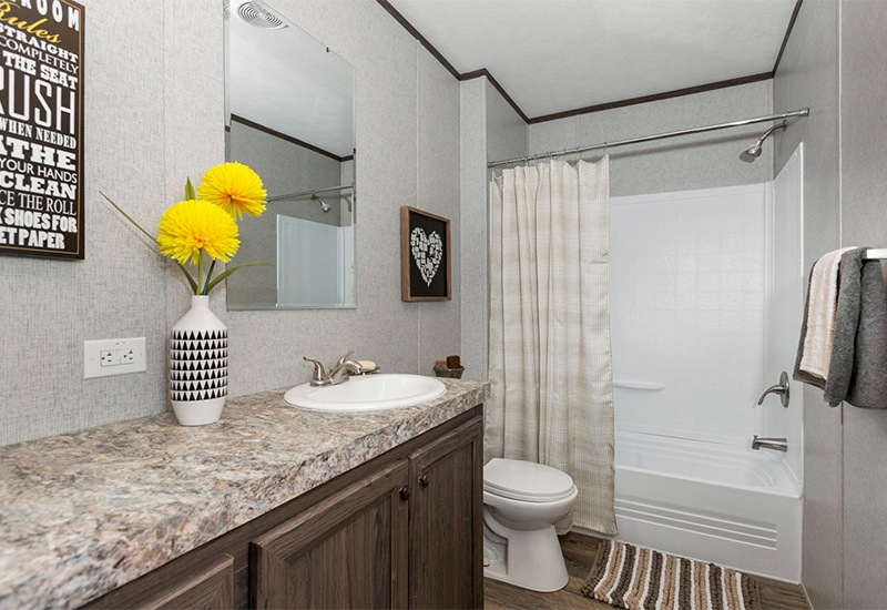 CMH King SLT32685A Mobile Home Guest Bathroom