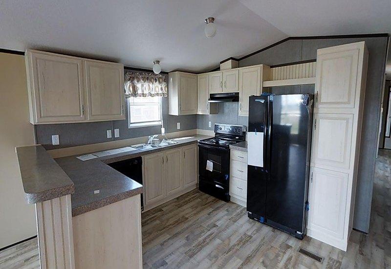 Weston 16722W Kitchen