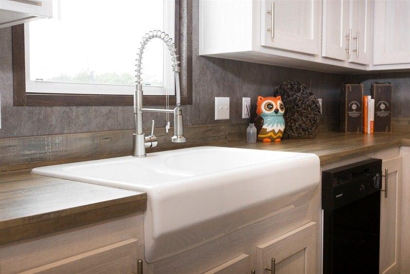 CMH Smart Buy SMB16803W Mobile Home Kitchen
