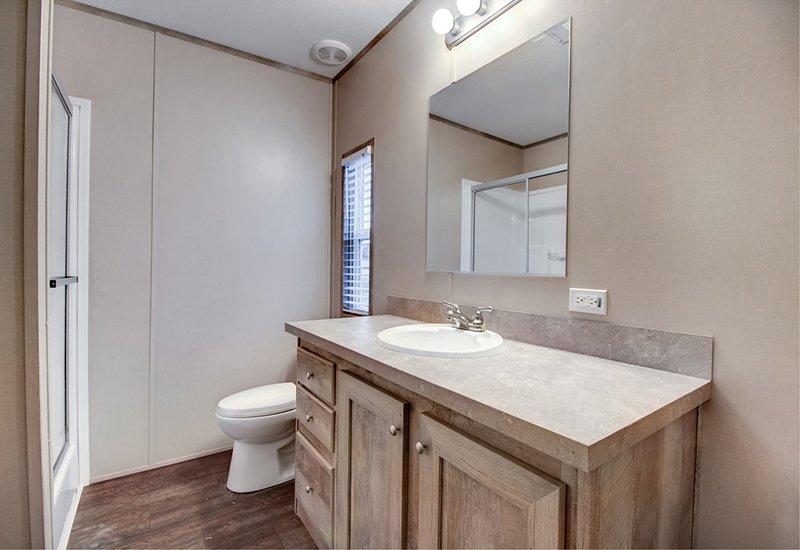 Clayton Smart buy 16723B Mobile Home Master Bathroom