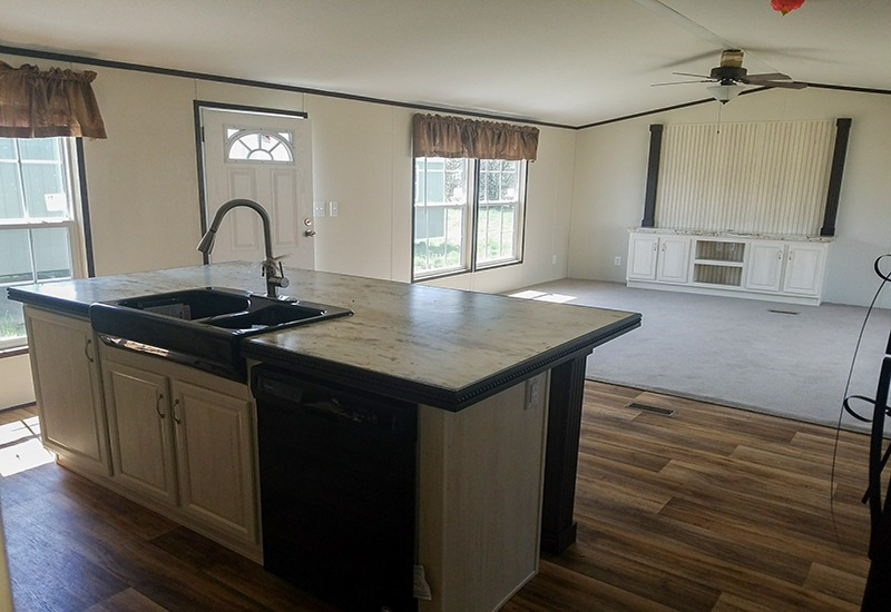 Fleetwood Weston 18763W Mobile Home Kitchen and Living Room