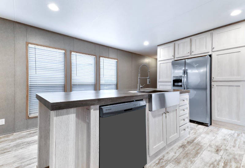 Clayton Mini Resolution - RSV16682X - Kitchen 2