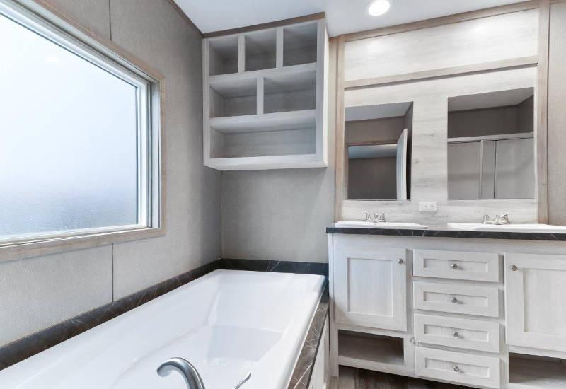 Clayton Mini Resolution - RSV16682X - Bathroom