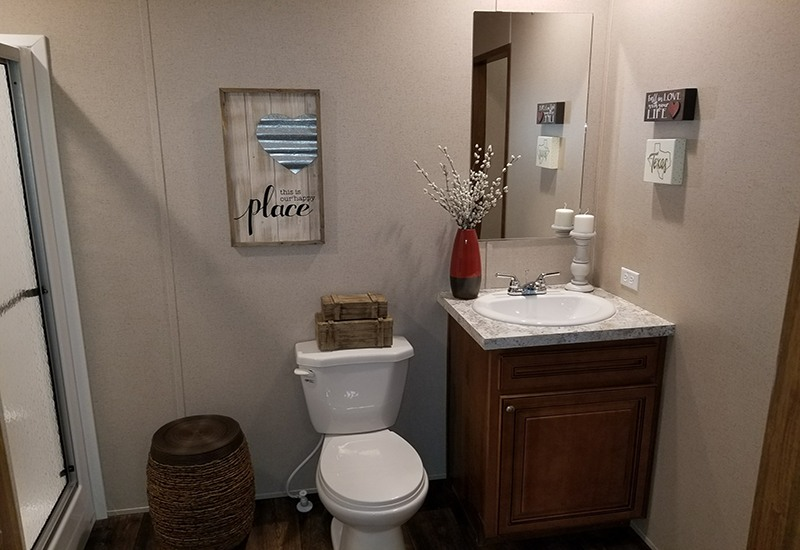 Houston C Model Master Bathroom