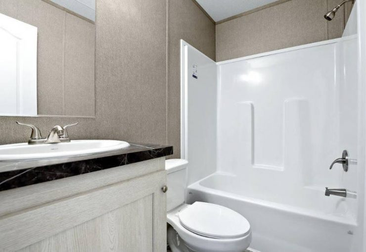 Resolution - RSV16763X - Guest-Bathroom
