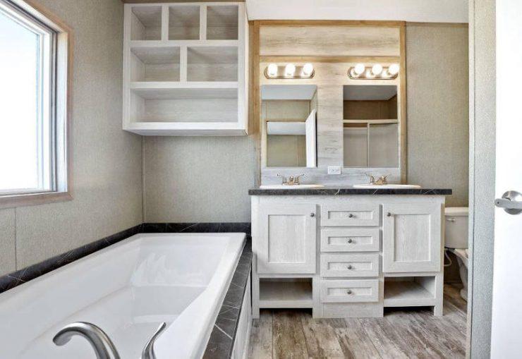 Resolution - RSV16763X - Master-Bathroom