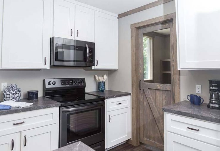 Clayton Aimee - Kitchen