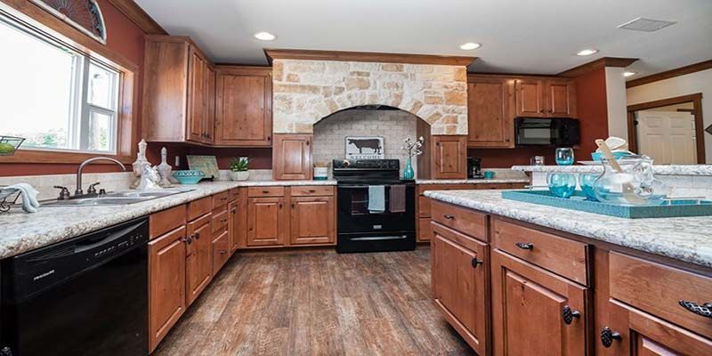 Clayton Snead - Mobile Home - Kitchen