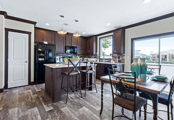 Clayton Hamilton - Mobile Home - Kitchen and Dining Area