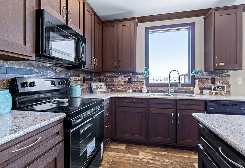 Clayton Hamilton - Mobile Home - Kitchen