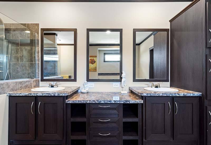 Clayton Hamilton - Mobile Home - Master Bathroom