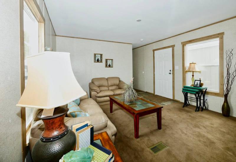 Aries - 9166 - Living Room 2