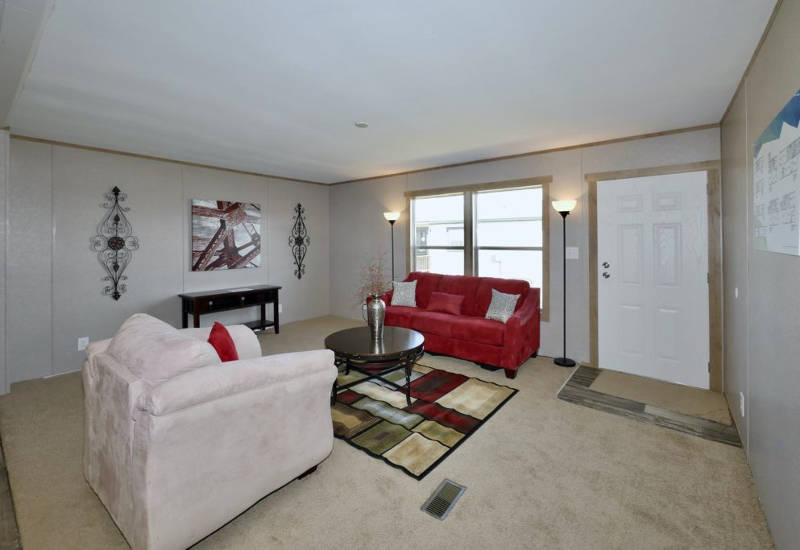 Columbia - 9344 - Living Room 2