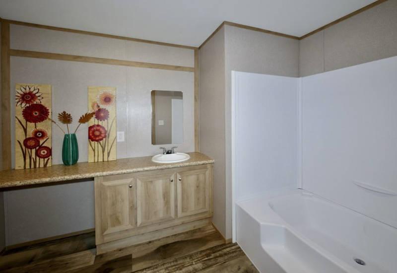 Columbia - 9344 -Bathroom