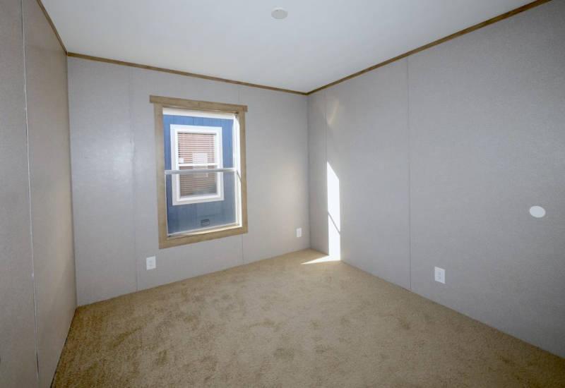 Columbia - 9344 - Bedroom 2
