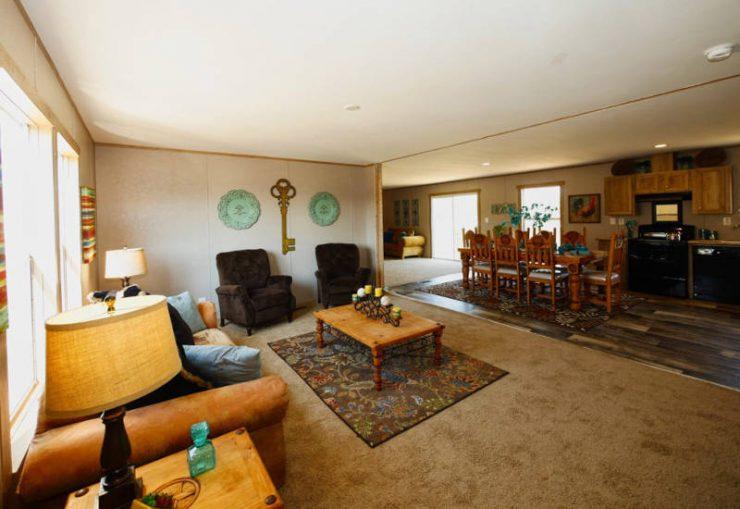 Taurus - 9366 - Living Room