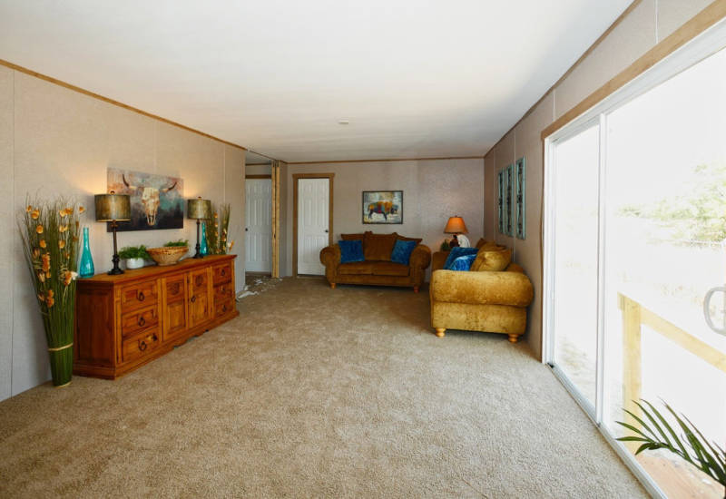 Taurus - 9366 - Living Room 5
