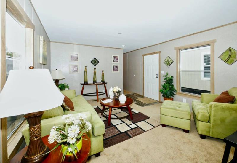 Orion - 9176 - Living Room 2