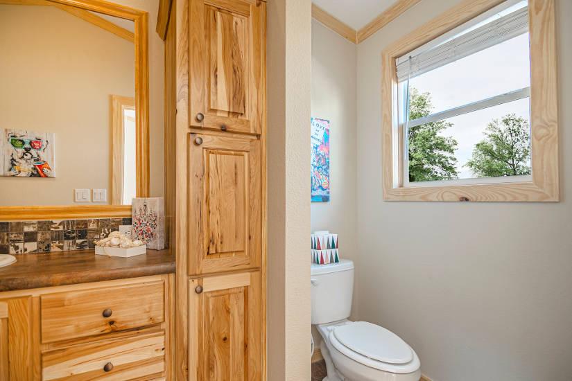 Robin - D56EP8 - Bathroom