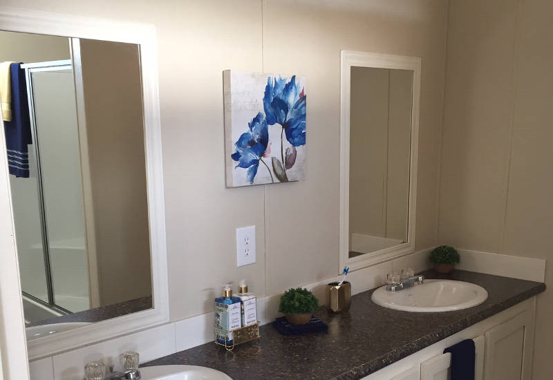 Ocampo - 2306P - Bathroom 3