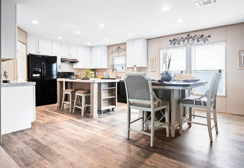 The Big Ticket - CEL32764V - Living Room and Kitchen