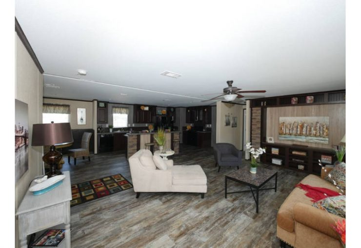 Meridian Beebe - 2810 -Living Room and Kitchen