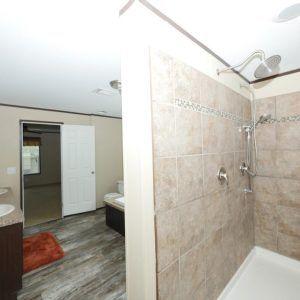 Meridian Salazar - 3238 - Master Bathroom
