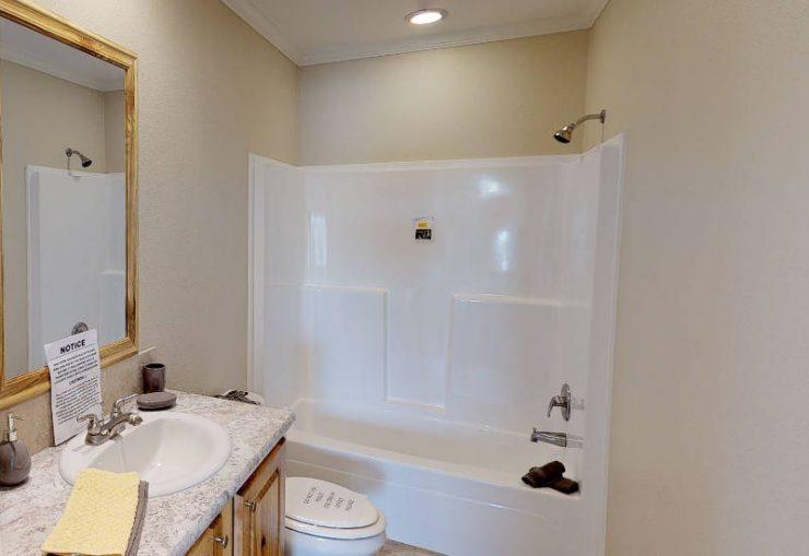 Meridian Cook - S76E - Guest-Bathroom 2