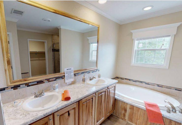Meridian Cook - S76E - Master-Bathroom