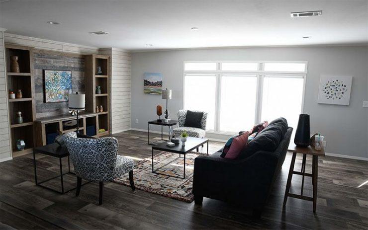 Meridian Big Country - 3232 - Living Room