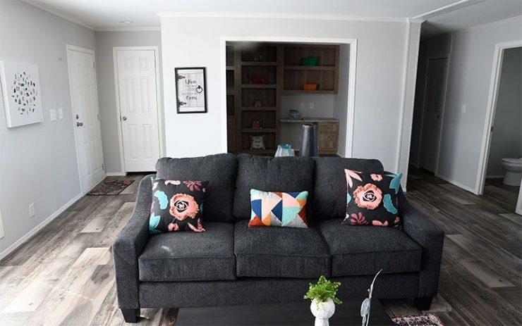 Meridian Big Country - 3232 - Living Room 4
