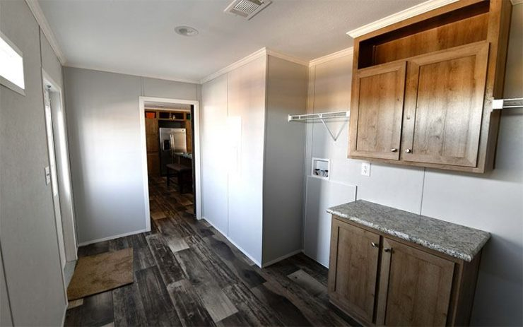 Meridian Big Country - 3232 - Laundry Room