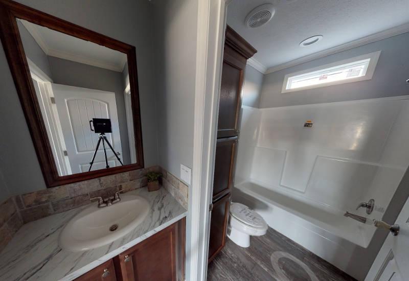Meridian Vandaveer W64E - Triple Wide - Guest-Bathroom