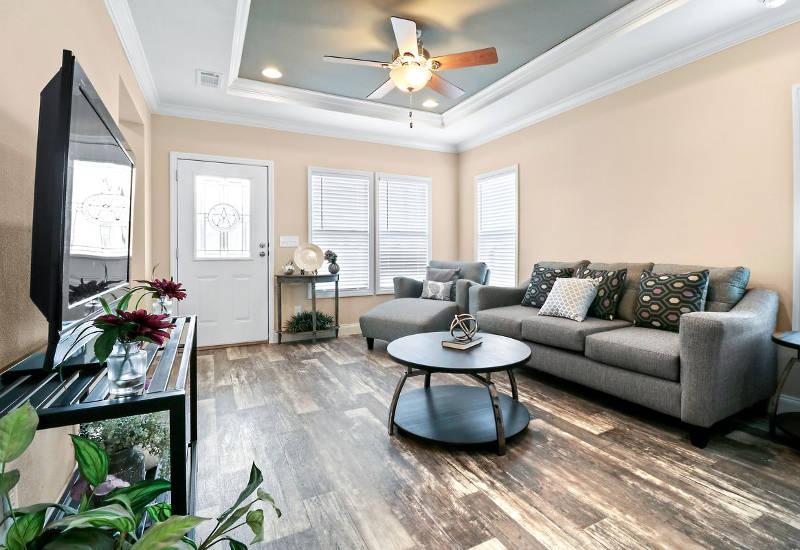 Clayton Crenshaw - DEV28603A- Living Room