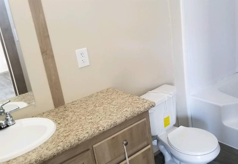 Carina - 9270 - Bathroom