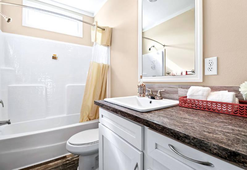 Clayton Crenshaw - DEV28603A- Bathroom