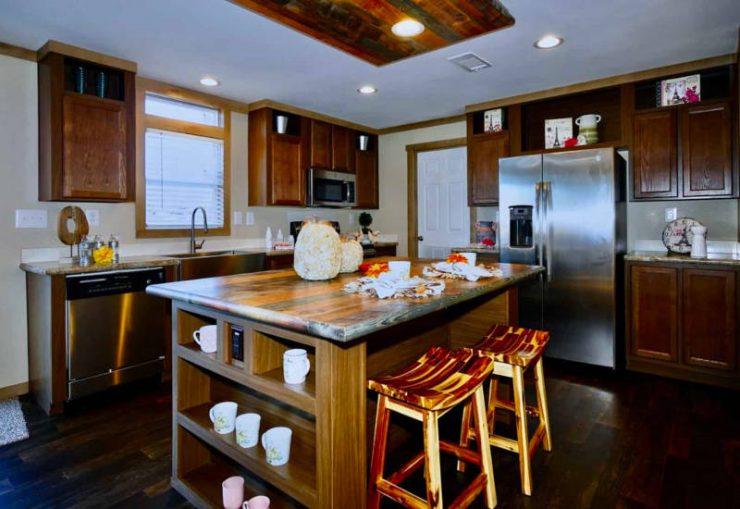 Meridian Maribel - 9756-Kitchen