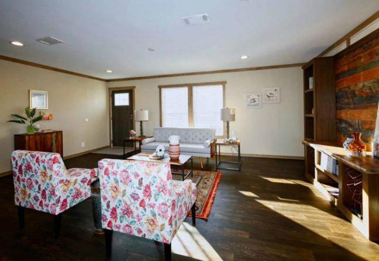 Meridian Maribel - 9756-Living Room