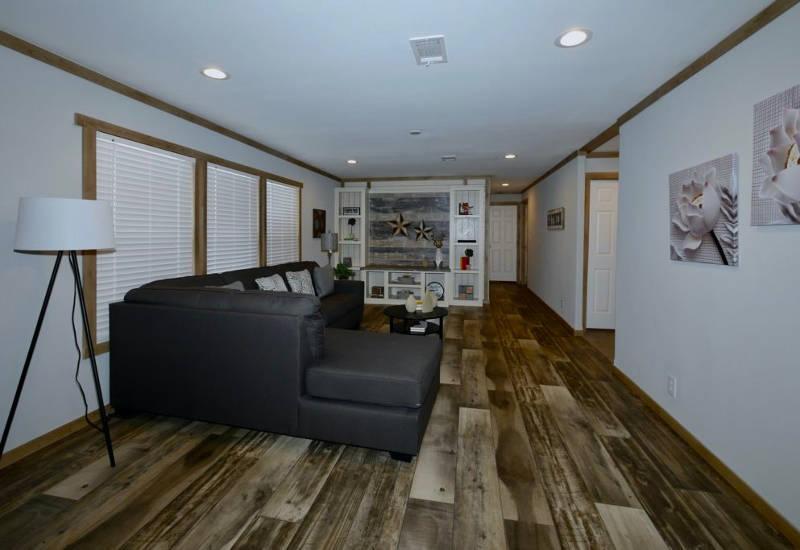 Meridian Mariana - 9776-Living Room 2